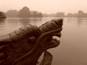 Dragon of Halong Bay (Vietnam). Photo by LoggaWiggler.